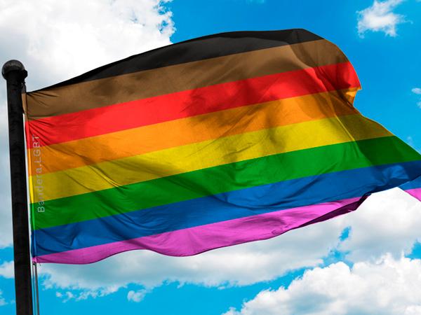 Nueva Bandera LGBT+ 8 colores Arcoiris Filadelfia disponible para comprar en tienda online